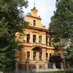 Jedna z pięknych kamienic w Masarykovych Sadach. Dzisiaj mateřská školka, czyli przedszkole.