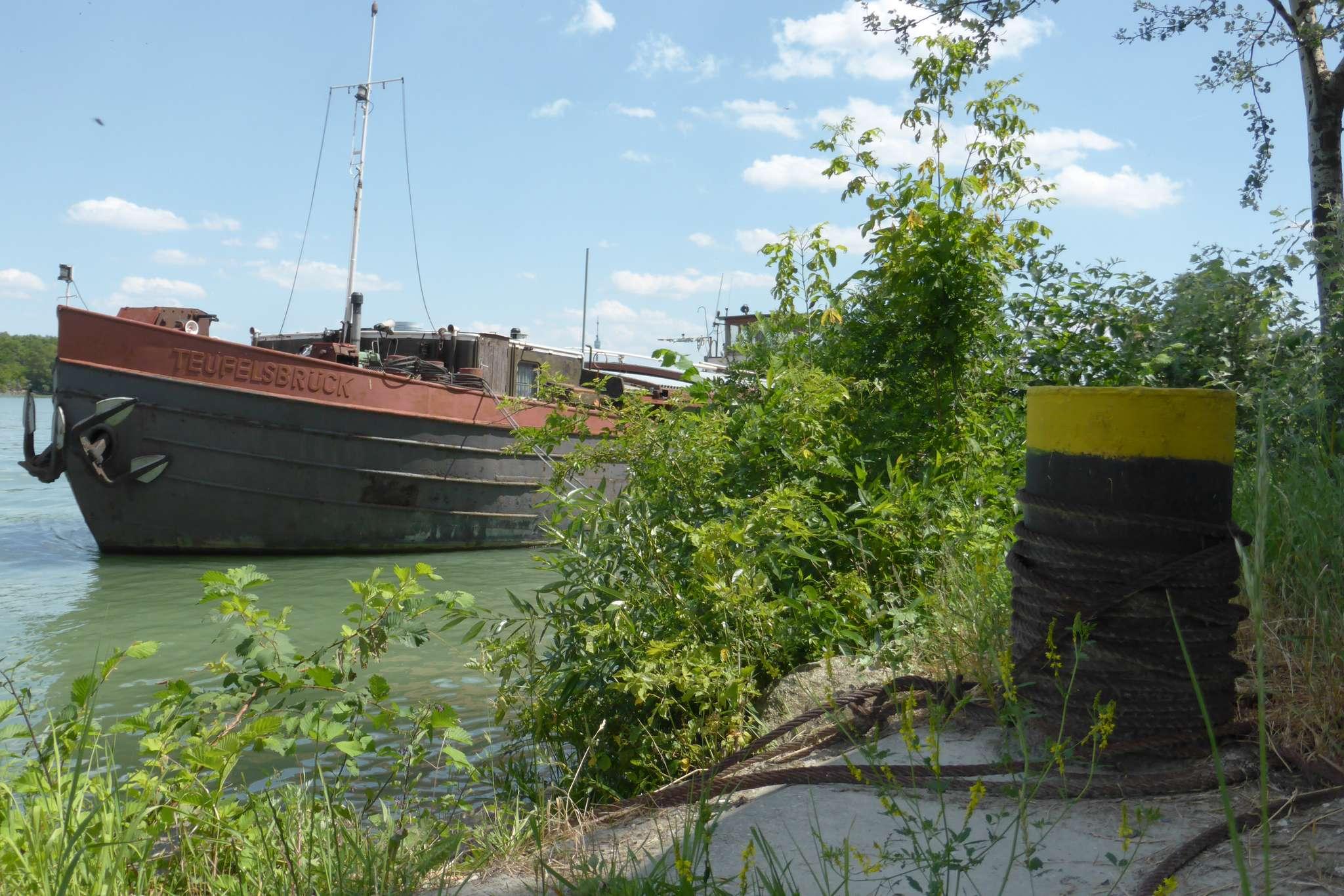 Podążając wzdłuż Dunaju co chwila spotykamy malownicze widoki.